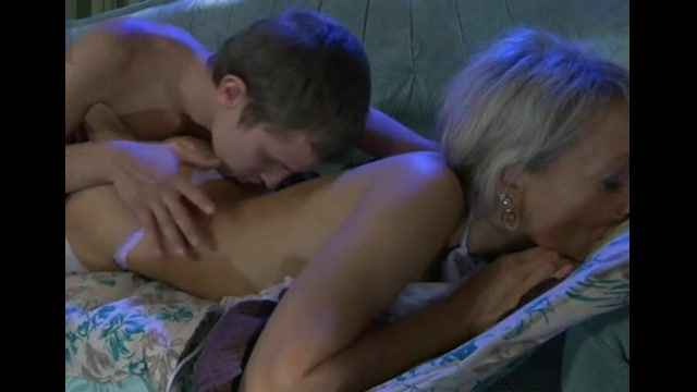 Порно ролик Hot russian mom - 1 Mature porn  movies milf sex  mo